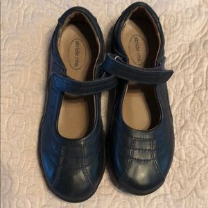 Stride Rite girls navy blue Mary Jane shoes